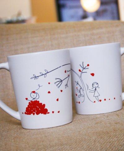 ถ้วยกาแฟคู่รักดื่มด่ำความรัก