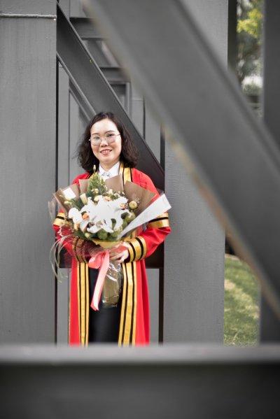 Graduation : Tik