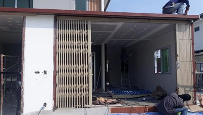 ซ่อมประตูม้วน/ประตูยืด บางบ่อ สมุทรปราการ ติดตั้งประตูยืด 1 ชุด