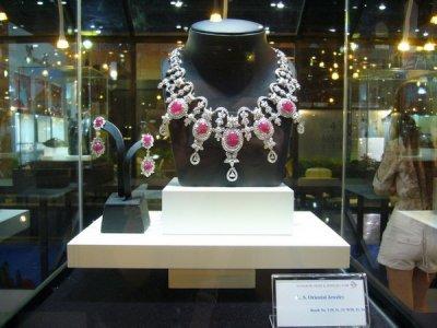 Elite 2009 Jewelry Design Award in Bangkok Gems & Jewelry Fair by L.S. Jewelry Group