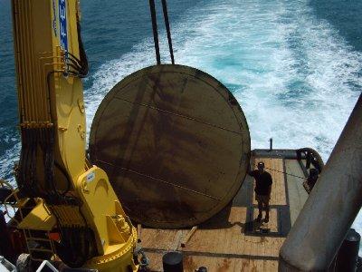 เครนติดเรือ