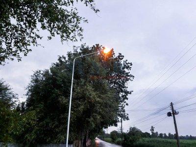 งานติดตั้งเสาไฟฟ้าแสงสว่าง