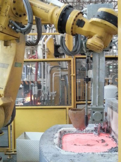 Aluminum Pouring Robot System