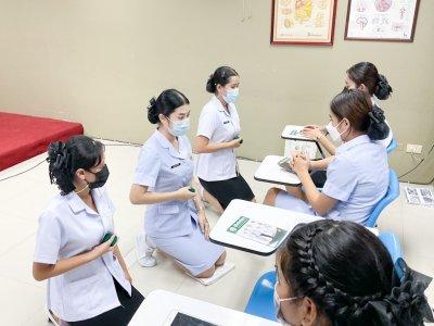 ซ้อมพิธีมอบเข็ม พนักงานผู้ช่วยทางการพยาบาล รุ่น 39 ณ โรงเรียนเดอะแคร์การบริบาล