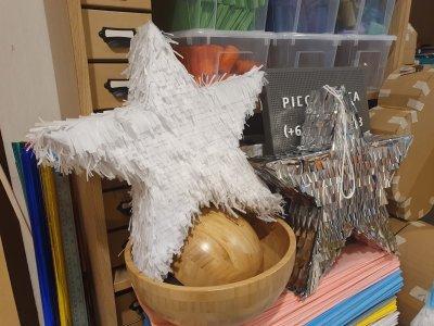 Pi[ck]nata Piñatas I