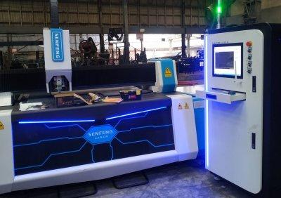 ส่งมอบเครื่อง Exchange platform steel Metal Plate And Tube Fiber Laser Cutter  รุ่น SF3015AM /1500W