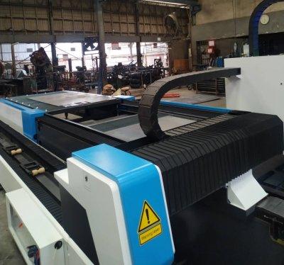 ส่งมอบเครื่อง Exchange platform steel Metal Plate And Tube Fiber Laser Cutter  รุ่น SF3015AM /1500W  พิกัด อ่อนนุช 65