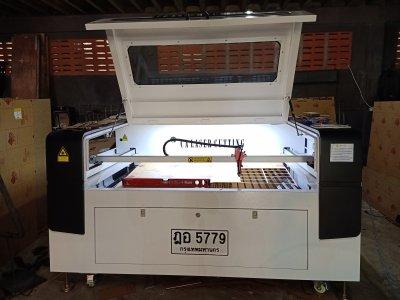 ส่งมอบเครื่อง Laser CO2 1390 130 w จำนวน 1 เครื่อง พิกัดกรุงเทพมหานคร