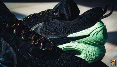 "Nike Cosmic Unity ""Green Glow Natural"
