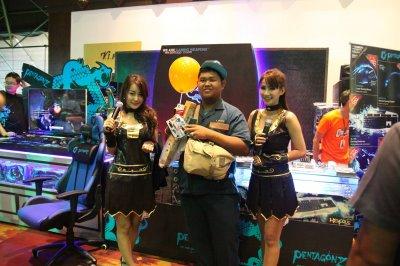 COMMART NEXT GEN THAILAND'15 / HON 4th ANNIVERSARY
