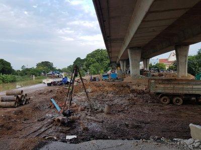 เสาเข็มเจาะ บางใหญ่-กาญจนบุรี โครงการสะพานข้ามแม่น้ำมอเตอร์เวย์
