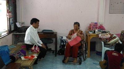 พบนายกสมาคมส่งเสริมและพัฒนาคนพิการอำเภอภาชี