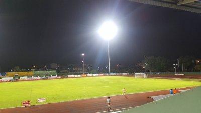 สนามกีฬาระนอง