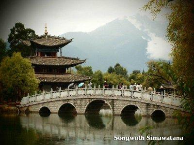 (六) Famous Places