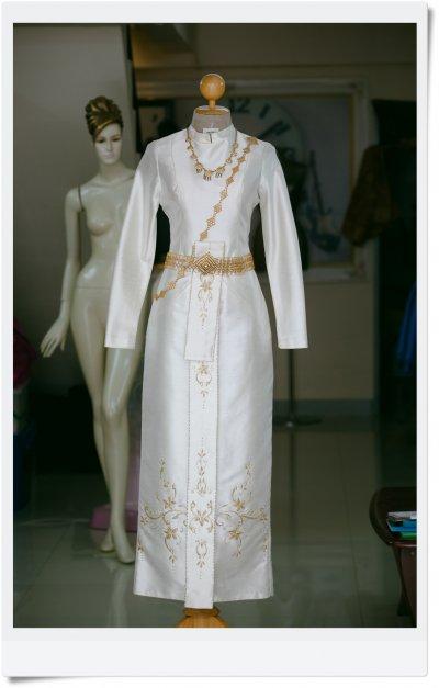 เช่าชุดไทย ชุดที่ 3