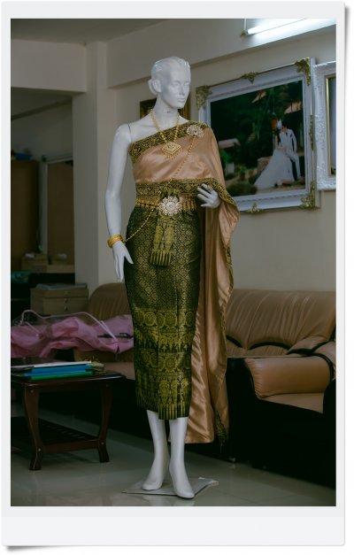 เช่าชุดไทย ชุดที่ 4