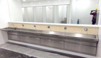 Sink / Kitchen ware