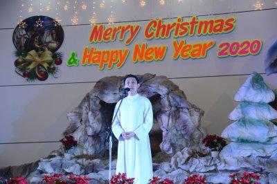 กิจกรรมวันคริสต์มาสภาคกลางคืน