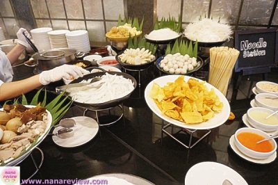 Lunch Buffet สุดคุ้ม โรงแรม Landmark Bangkok Hotel