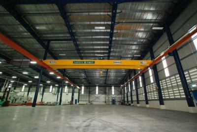เครนเหนือศีรษะ แบบคานคู่ 10 ตัน กว้าง 20 เมตร