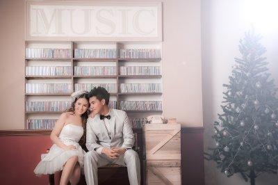 Pre-wedding Outdoor@Sevenhouse studio...
