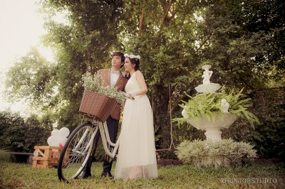 Prewedding outdoor@Papa's garden