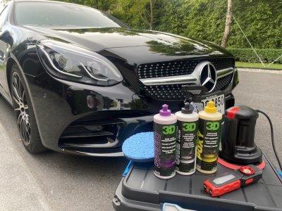ขัดสีรถด้วยตัวเอง SLC Mercedes-Benz