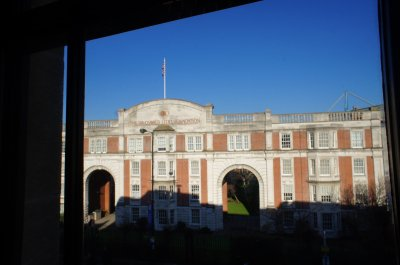 เยี่ยมชมสถานที่ของโรงเรียน Chelsea Independent College ณ กรุงลอนดอน สหราชอาณาจักร