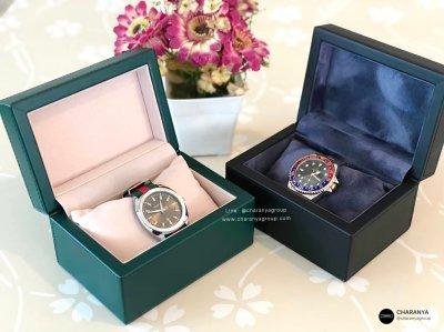 กล่องใส่นาฬิกา 1 เรือน สีเขียว สีน้ำเงิน วัสดุดีเกรดพรีเมี่ยม กล่องนาฬิกาแบรนด์ สั่งทำกล่องนาฬิกา ทำโลโก้กล่องนาฬิกา