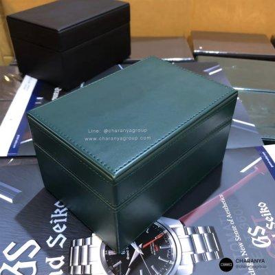 กล่องใส่นาฬิกา 1 เรือน สีเขียว วัสดุดีเกรดพรีเมี่ยม กล่องนาฬิกาแบรนด์ สั่งทำกล่องนาฬิกา ทำโลโก้กล่องนาฬิกา