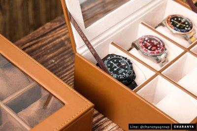 กล่องนาฬิกา กล่องใส่นาฬิกา กล่องเก็บนาฬิกา กล่องสะสมนาฬิกา 6 เรือน อย่างดี เกรดพรีเมี่ยม หมอน 2 ชั้น 2in1 สำหรับคนข้อมเล็ก Brown สีน้ำตาลอ่อน สีน้ำตาล สีเบจ Line: @charanyagroup TEL: 093-6699642