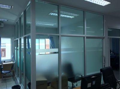 กั้นห้องสำนักงาน