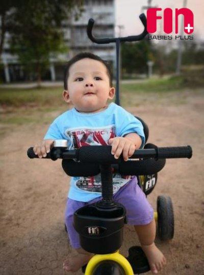 รีวิว : รถเข็นเด็ก / รถหัดเดิน / รถสามล้อ / รถขาไถ