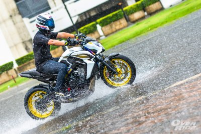 RUN IN  THE RAIN HONDA CB650F  By  CB650F Samutprakan