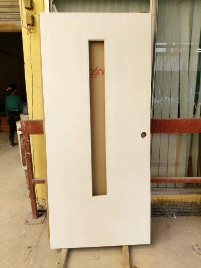 ประตูไฟเบอร์กลาส