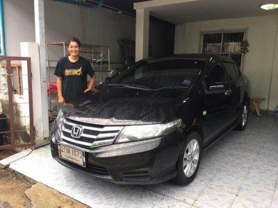ขายรถยนต์ มกรา - มีนา 2560