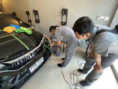 เข้าอบรมศูนย์รถยนต์ BMW Europa Motor หลักสูตรขัดเคลือบสีรถ เคลือบแก้ว