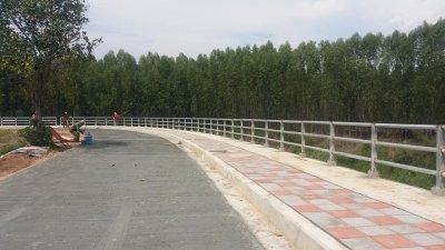 บจก.ช.มิตรยนต์ โครงการก่อสร้างเขื่อนป้องกันตลิ่ง ริมเเม่น้ำชี