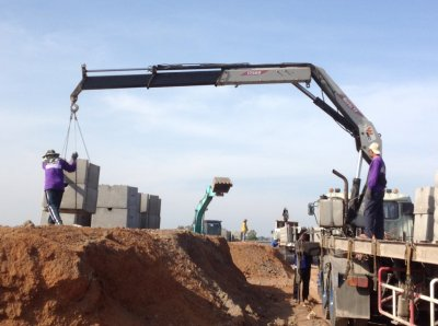 ผลงานอีกงานของผู้ชำนาญการ ร่วมกับ CPS ใช้กำแพงกันดิน หน้างานที่ The Crystal ปราจีนบุรี