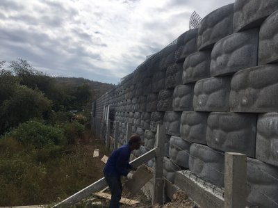 ผลงาน ที่ดินส่วนตัว สระบรี ผู้ชำนาญการ ร่วมกับ CPS ใช้กำแพงกันดิน 5.5 เมตร