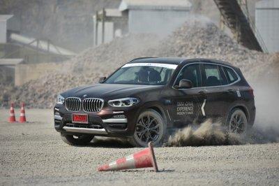 ทดลองขับ BMW X3 ใหม่