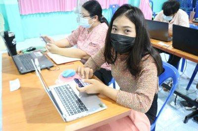 อบรมเชิงปฏิบัติการการสร้างสื่อการเรียนการสอน โดยโปรแกรมตัดต่อ VDO รุ่นที่ 2