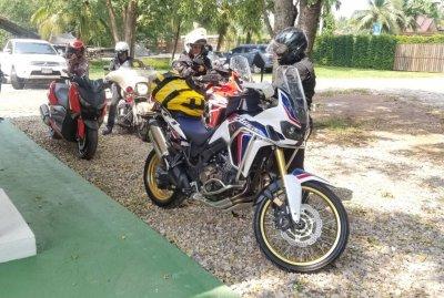 ชมรม Harley-Davidson & Big Bike