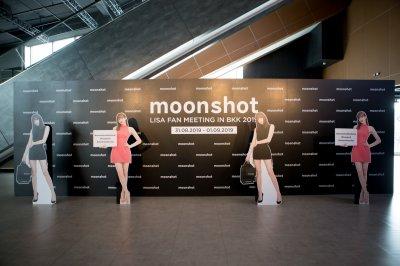 moonshot x LISA FAN MEETING IN BKK 2019 (31/08/2019 )