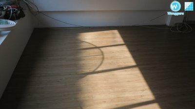 กระเบื้องยางคลิ๊กล็อก งานพื้นไม่ได้ระดับ กระเบื้องเดิมกับไม้พื้นเฌอร่า พื้นตรงกลางห้องนูน แนะนำเทคนิคการปูแบบพิเศษ