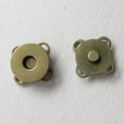 กระดุมแม่เหล็กแบบเย็บ สีทองเหลือง 14 มม.