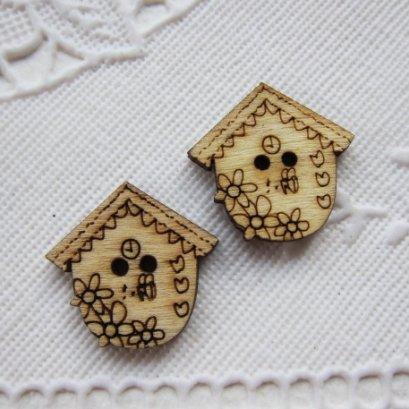 กระดุษไม้ รูปนาฬิกาบ้าน (4 ชิ้น/แพ็ค)