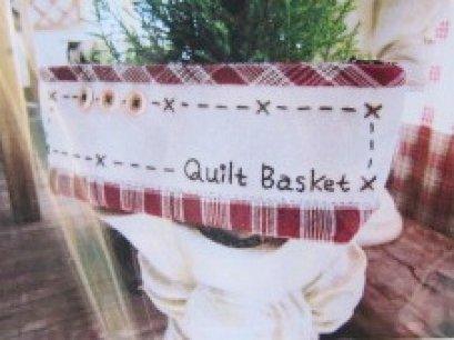 ชุดอุปกรณ์พร้อมเย็บ กระเป๋าเครื่องเขียน Quilt Basket สีแดง