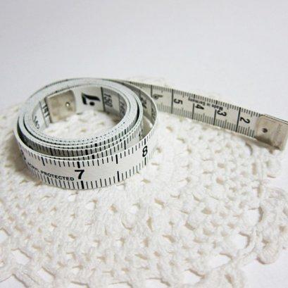 สายวัดผ้า กว้าง 1.3 ซม. ยาว 150 ซม.