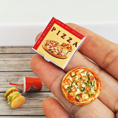 Dollhouse Miniatures Food Pizza Box Set